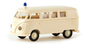 31018 brekina ambulance