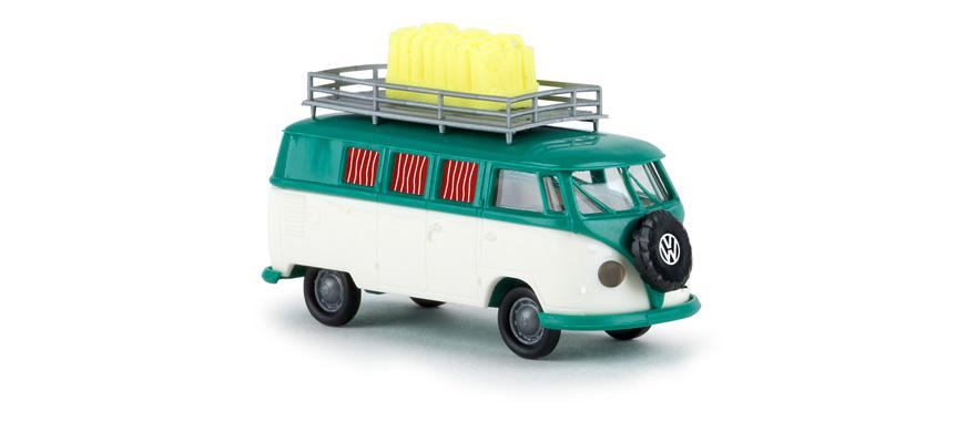 brekina 31590 volkswagen T1 with jerrycans