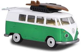 majorette 243A T1 with surfboards